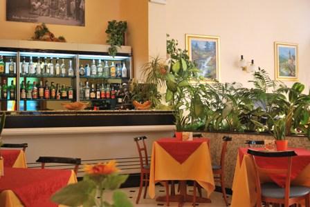 Andora Galleano La sala bar